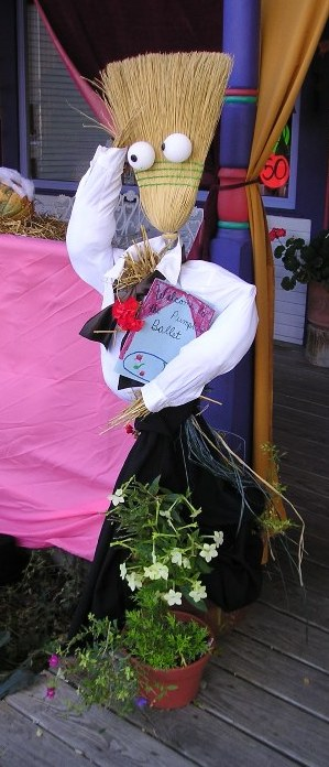 Zone 5 Favorites On The 5th You Can Make A Scarecrow